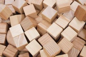 多摩産材をつかった木製素材の研究開発